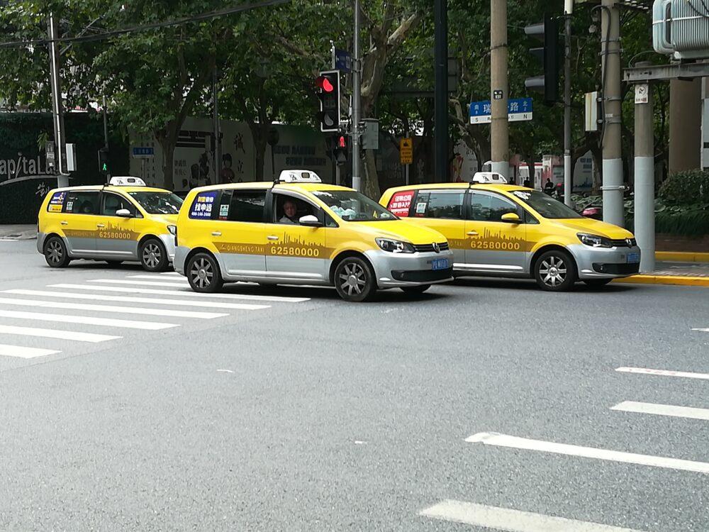 上海のタクシーの様子